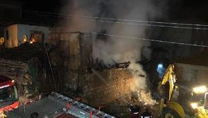 2 katlı ahşap evde çıkan yangında yaşlı çift öldü