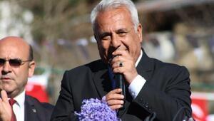 Fekede Ahmet Sel, 3ncü dönem kazanan ilk belediye başkanı oldu