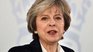 İngiltere Başbakanı muhalefeti hatırladı