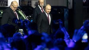 Putin, Moskovada Mercedes-Benzin otomobil fabrikasını açtı