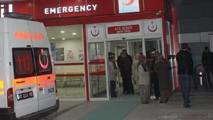 Kaldırımda yürüyen yaşlı çiftte otomobil çarptı: 1 ölü, 1 yaralı