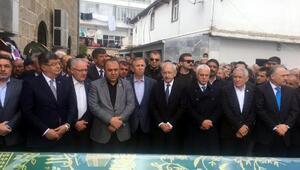 Kılıçdaroğlu, MHPli eski vekilin babasının cenazesine katıldı
