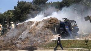 TIR dorsesinde yüklü olan samanlar yandı