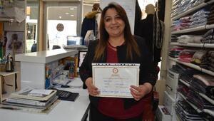 33 bin nüfuslu ilçenin ilk kadın muhtarı