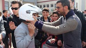 Sofuoğlundan Diyarbakırlı çocuk ve gençlere motosiklet eğitimi
