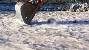 Asma köprüden dereye düşen çiftçi öldü