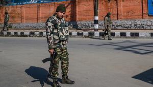 Pakistan, Hindistanın saldırı hazırlığında olduğunu iddia etti