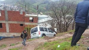 Diyarbakırda kaza; anne ve bebeği yaralı