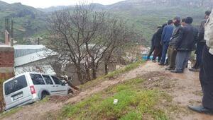 Diyarbakırda kaza: Anne ve bebeği yaralı