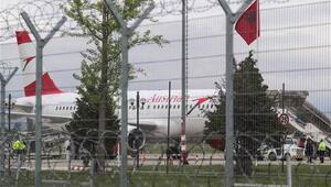 Arnavutlukta havalimanında silahlı soygun