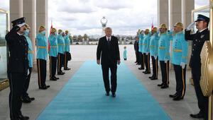Cumhurbaşkanı Erdoğan, Külliyede polislerin bayramını kutladı