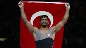 Milli sporcumuz Taha Akgül, Avrupa şampiyonu oldu
