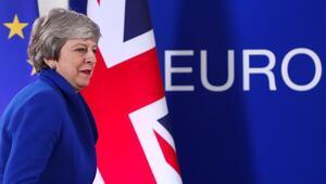 AB ve İngiltere Brexiti 31 Ekime erteledi