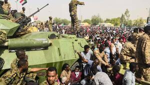 Sudanda dünkü gösterilerde 13 kişi hayatını kaybetti