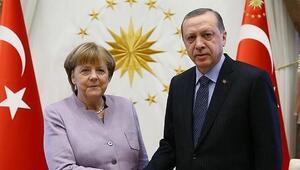 Cumhurbaşkanı Erdoğandan Angela Merkele taziye telefonu