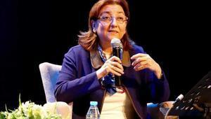 Prof. Dr. Erişah Arıcan kimdir