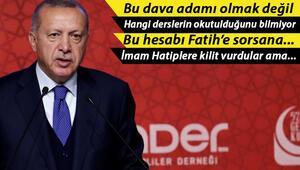 Son dakika: Cumhurbaşkanı Erdoğan: Omuz omuza olmamız gerekirken başka mecralara yönelenleri görüyorum