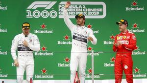 Hamiltondan tarihi zafer 1000inci yarış...