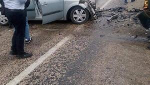 Bursada 2 otomobil kafa kafaya çarpıştı: 2 ölü, 8 yaralı
