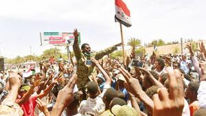 Sudan'da ABD'li diplomata brifing