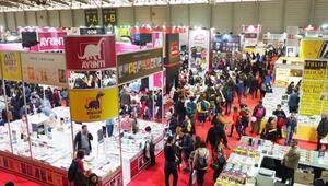 İzmir Kitap Fuarına rekor katılım