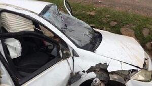 Takla atan otomobilin sürücüsü öldü, 2 kardeşi ağır yaralandı