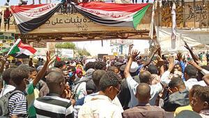 Türkiye'nin Sudan Büyükelçisi İrfan Neziroğlu: İlişkilerde olumsuzluk yaşanmaz