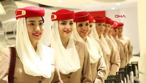Emirates 15,4 bin lira maaş vereceği Türkleri bulmak için Antalyaya geliyor