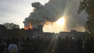 Paris Savcılığı: Yangın kaza sonucu çıktı, kundaklama yok