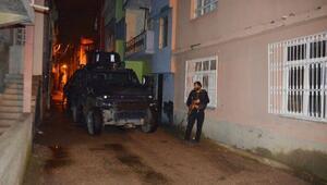 Adanada yol kenarında EYP ele geçirildi