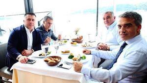 Beşiktaş, yemekte bir araya geldi