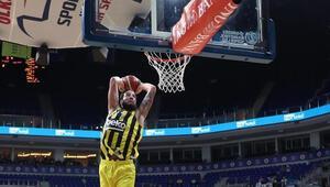 Fenerbahçe Bekoda Lauvergne gerçeği Neden oynamıyor