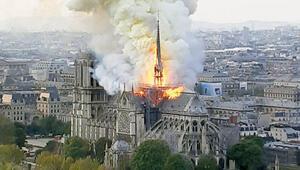 Paris'in kalbi yanarken benim de yüreğim yandı