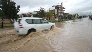 Irakta sel mağduru 200 aile güvenli bölgelere götürüldü