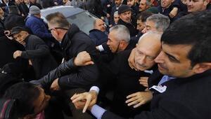 Son dakika: Şehit cenazesinde Kılıçdaroğluna saldırı