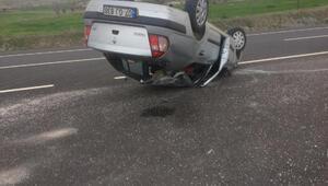 Otomobil takla attı, aynı aileden 4 kişi yaralandı