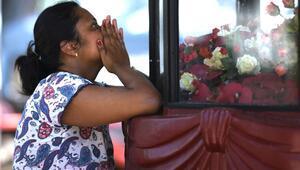 Sri Lankadaki terör saldırısında oklar yerel militan grubu işaret ediyor