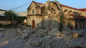 Filipinlerdeki depremde ölenlerin sayısı 11e yükseldi