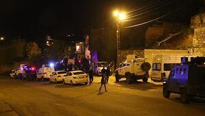Diyarbakırda aileler birbirine girdi Yaralılar var