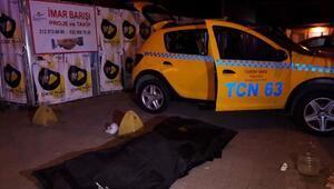Bakırköyde bir müşteri bindiği takside hayatını kaybetti