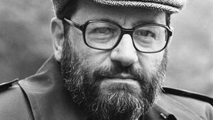 Umberto Eco'nun omuzlarında…