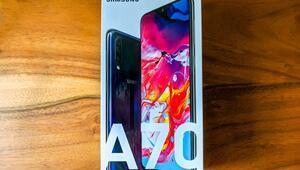 Samsung Galaxy A70 Türkiyeye geldi İşte özellikleri ve fiyatı