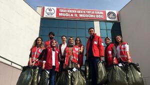 Kızılaydan üniversite öğrencilerine kıyafet yardımı
