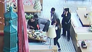 Restoranda panik anları... Garson durumu görünce müşterinin yanına koştu