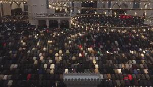 Büyük Çamlıca Camiinde gençlerle sabah namazı buluşması