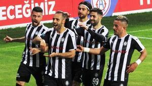 25 gole ulaştı, 1. Lig tarihine geçti Marco Filipe Lopes Paixao...