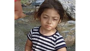 Otomobilin çarptığı 5 yaşındaki çocuk öldü