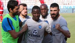 Adana Demirspor evinde 4 köşe