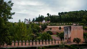 İslam sanatının incisi Elhamra Sarayı