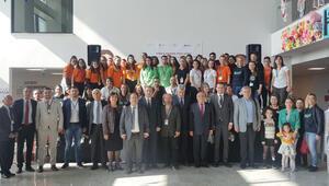 Öğretmen ve öğrenciler Konya'da buluştu